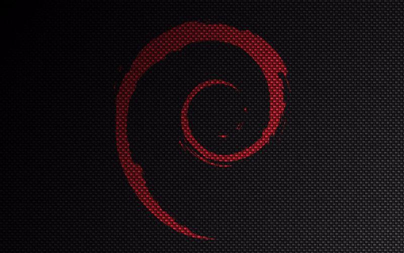 Come abilitare il login per l'utente root nella GUI Debian